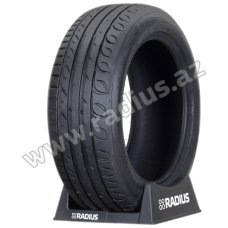 Ultra High Performance 215/60 R17